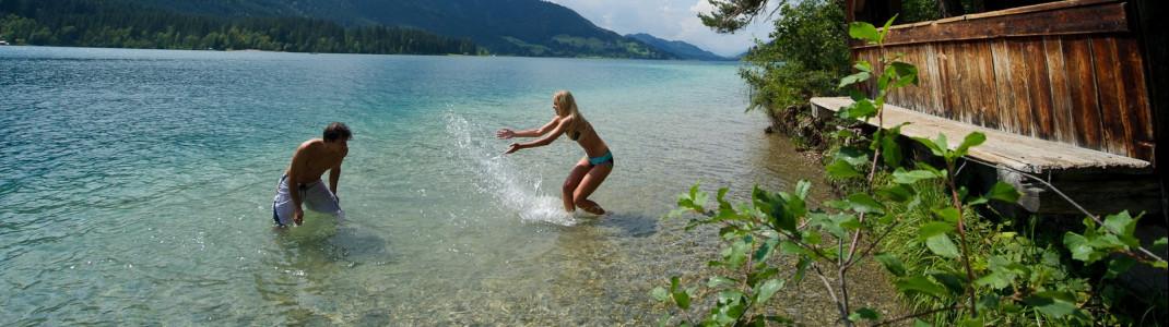 Kristallklar ist das Wasser am Weissensee in Kärnten.