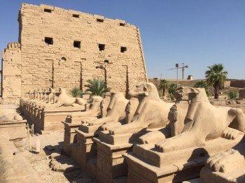 Eingang zur Tempelanlage von Karnak