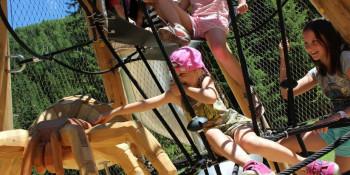 Im Kids Club Paznaun erwartet Kinder bis zehn Jahren ein abwechslungsreiches Wochenprogramm.