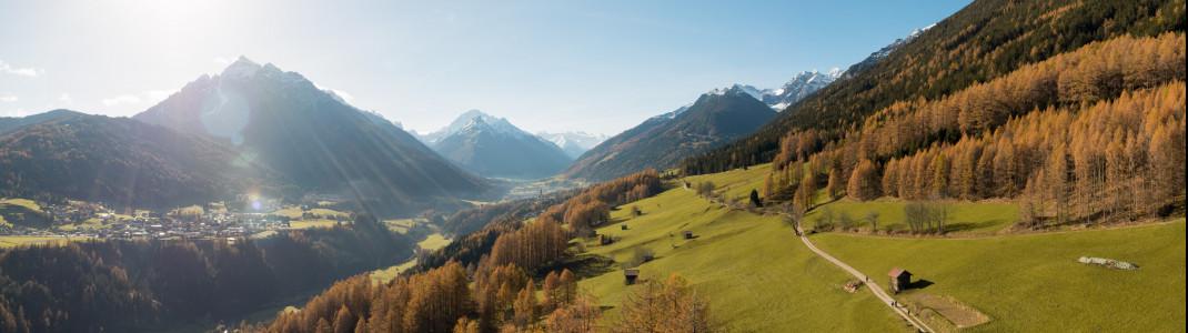 Die Telfer Wiesen bestechen vor allem durch ihre atemberaubende Aussicht auf die umliegende Bergwelt.