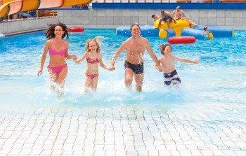 Ein Badespaß für die ganze Familie ist das Miramar in Weinheim.