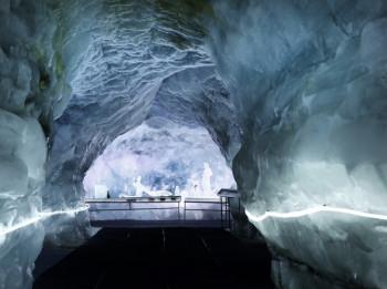 Der Gletscher-Palast auf dem Klein Matterhorn.