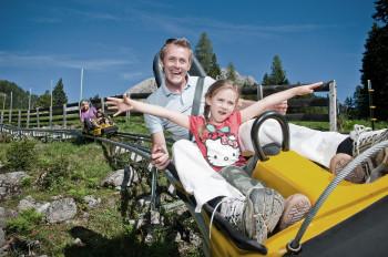 Der Alpine Coaster in Imst ist die längste Rodelbahn in den gesamten Alpen.