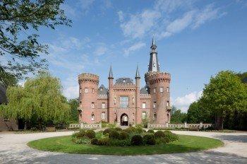 Ein architektonisches Kunstwerk: das Wasserschloss Moyland.