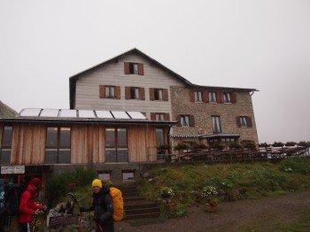 Die Kemptner Hütte ist das erste Tagesziel der sechstägigen Fernwanderung