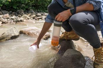 Mit dem GRAYL Wasserfilter kannst du ohne Bedenken jedes Wasser zu dir nehmen.