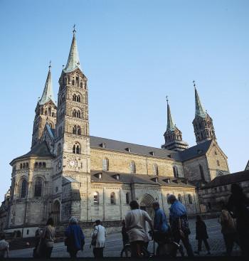 Der Bamberger Dom ist schon von Weitem zu sehen.