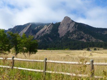 You can already spot the Flatirons from far away