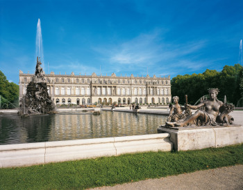 The New Herrenchiemsee Palace is based on the model of the Palace of Versailles.