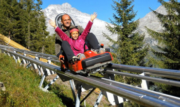 The alpine coaster Klausberg Flitzer in Steinhaus is Italy's longest and most spectacular mountain coaster.