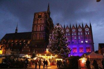 Der Weihnachtsmarkt Stralsund besteht aus insgesamt drei verschiedenen Weihnachtsmärkten.