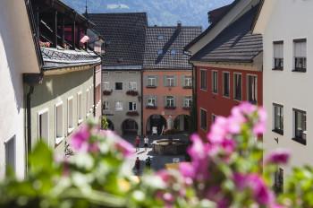 Über den Dächern der Alpenstadt Bludenz