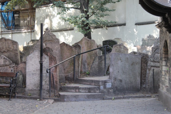 Over 12,000 gravestones can be found at the Old Jewish Cemetery.