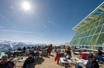 Die Terrasse des Panoramarestaurants Rinderhütte
