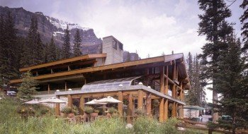 Enjoy a meal in the Morain Lake Lodge.