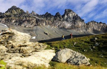 Einmaliges Naturerlebnis: Die Tschingelhörner Tektonikarena Sardona