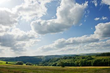 Faszinierende Landschaften erstrecken sich über 61 Kilometer Radweg.