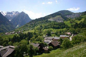 Das idyllische Dörfchen Bürserberg ist dein Startpunkt