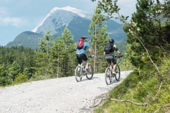Der Rundweg durch das Hinterautal im Karwendel ist ca. 27 km lang.