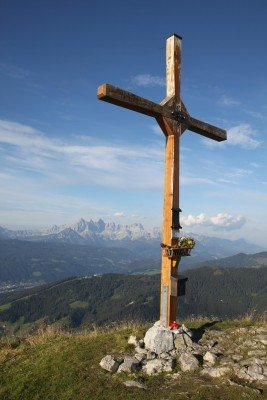 summit cross Lackenkogel