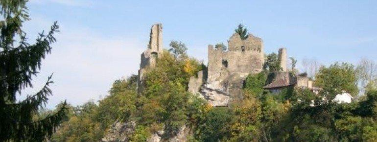 Hals Castle ruins