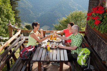 Give yourself a break at Hintereck-Hütte after the steep ascent.