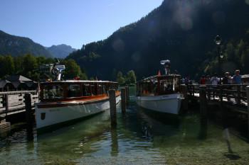 Am Ende der Wanderung gibt es noch eine kurze Bootsfahrt zurück nach Königssee (Ort)