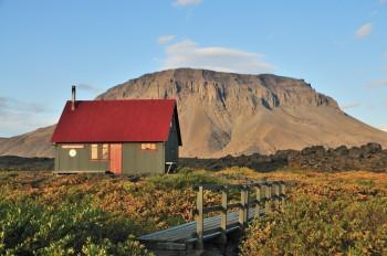 Die Hütte Þorsteinsskáli am Startpunkt