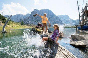 Familienwandern in der Urlaubsdestination Nassfeld-Pressegger See