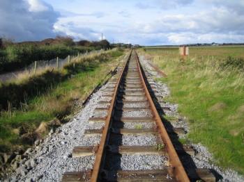 Von Tralee nach Dingle kannst du auch entlang der Railway wandern