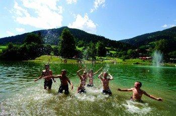 Am Ende der Wanderung sorgt der Badesee Reitdorf für Abkühlung.