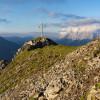Aufstieg zum Gipfelkreuz am Grubigstein