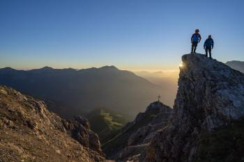 Der Aufstieg auf den 2233m hohen Grubigstein wird mit einem tollen Panorama belohnt.