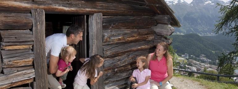 Heidihütte auf Salastrains