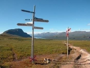 Wegstück des Kungsledens zwischen Saltoluokta und Sitojaure. Blickrichtung Norden