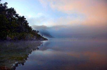Morgenstimmung am Lake Waikaremoana