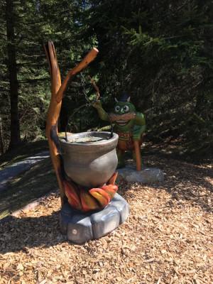 Neun Stationen machen den Zauberwald zu einem Erlebnis für die ganze Familie.