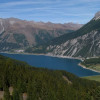 Der Panoramaweg bietet dir unter anderem einen tollen Blick auf den Reschensee.