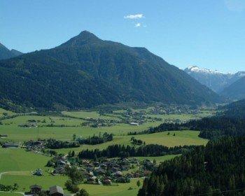 Aussicht von Reitdorf nach Flachau mit Lackenkogl