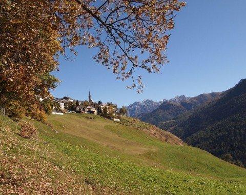 Herbstliche Berghänge
