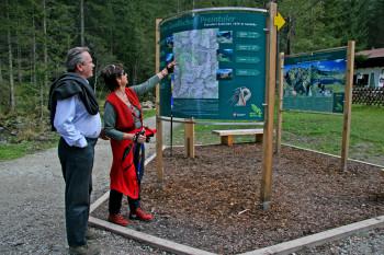Die Wanderportale Wilde Wasser helfen bei der Orientierung.