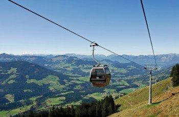 Mit der Alpenrosenbahn gehts auf den Talkaser