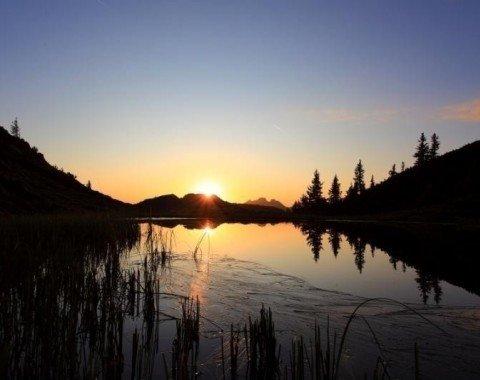 Die Trögseen sind bei Sonnenuntergang besonders romantisch
