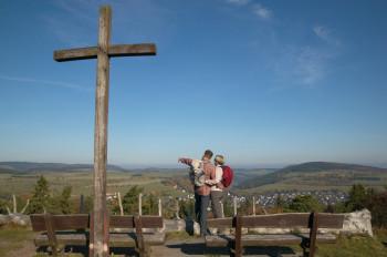 Genieße tolle Ausblicke über das Upland.