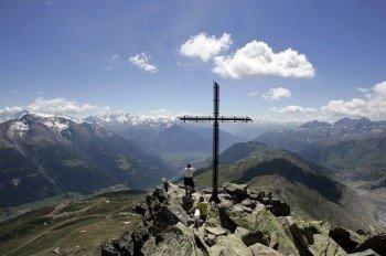 Das Gipfelkreuz auf dem Bettmerhorn