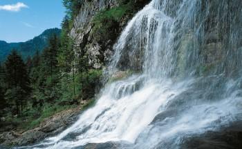 Die Weißbachfälle in der Gemeinde Schneizlreuth