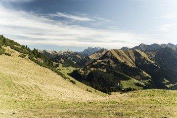 Toll ist das Panorama während der Wanderung auf der Raazalpe.