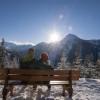 Während der Wanderung bieten sich einige Möglichkeiten zum Sonnetanken an