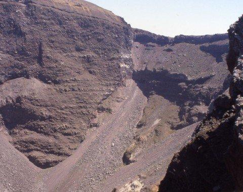 Blick in den Vesuv-Krater