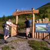 Der Alpenblumen Naturlehrpfad und Panoramaweg ist Teil der vierten Etappe des Wanderwegs. Seit 1987 fasziniert der einzige Weg seiner Art jedes Jahr aufs Neue zahlreiche Besucher.